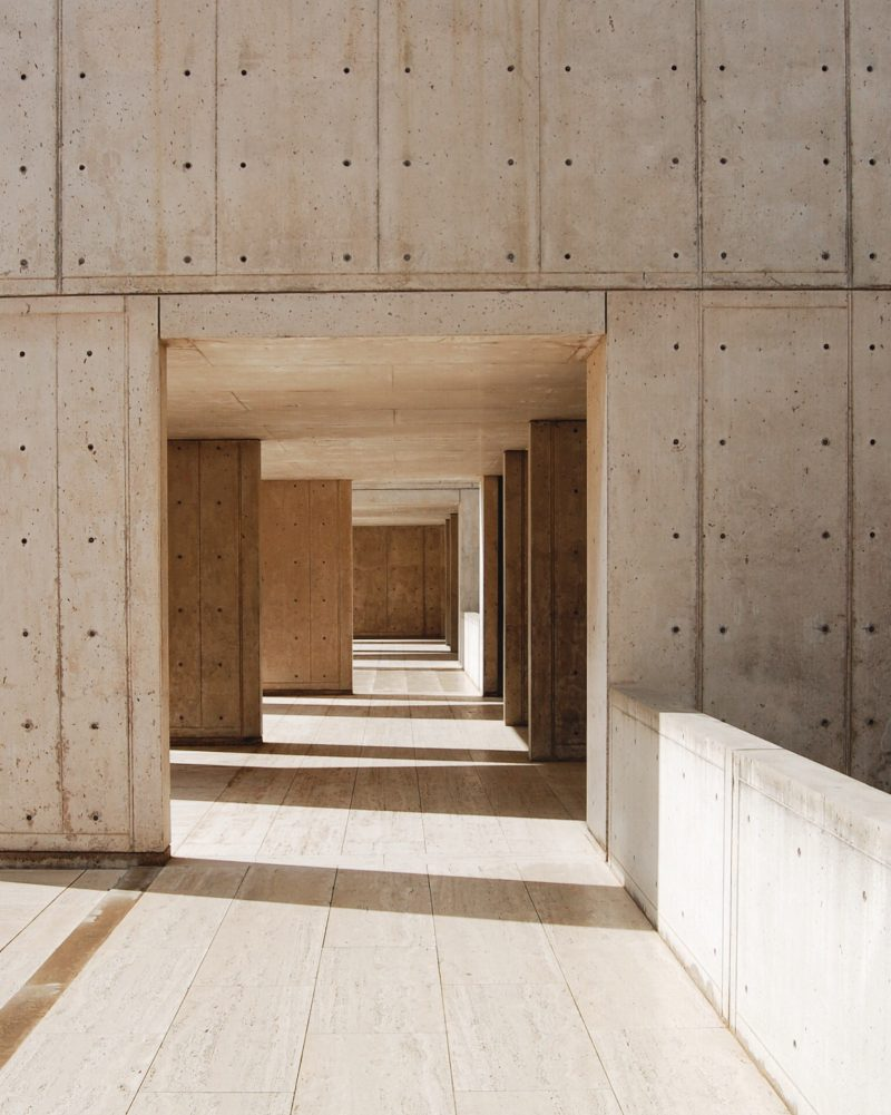 acanthus_louis_kahn_salk_institute_05