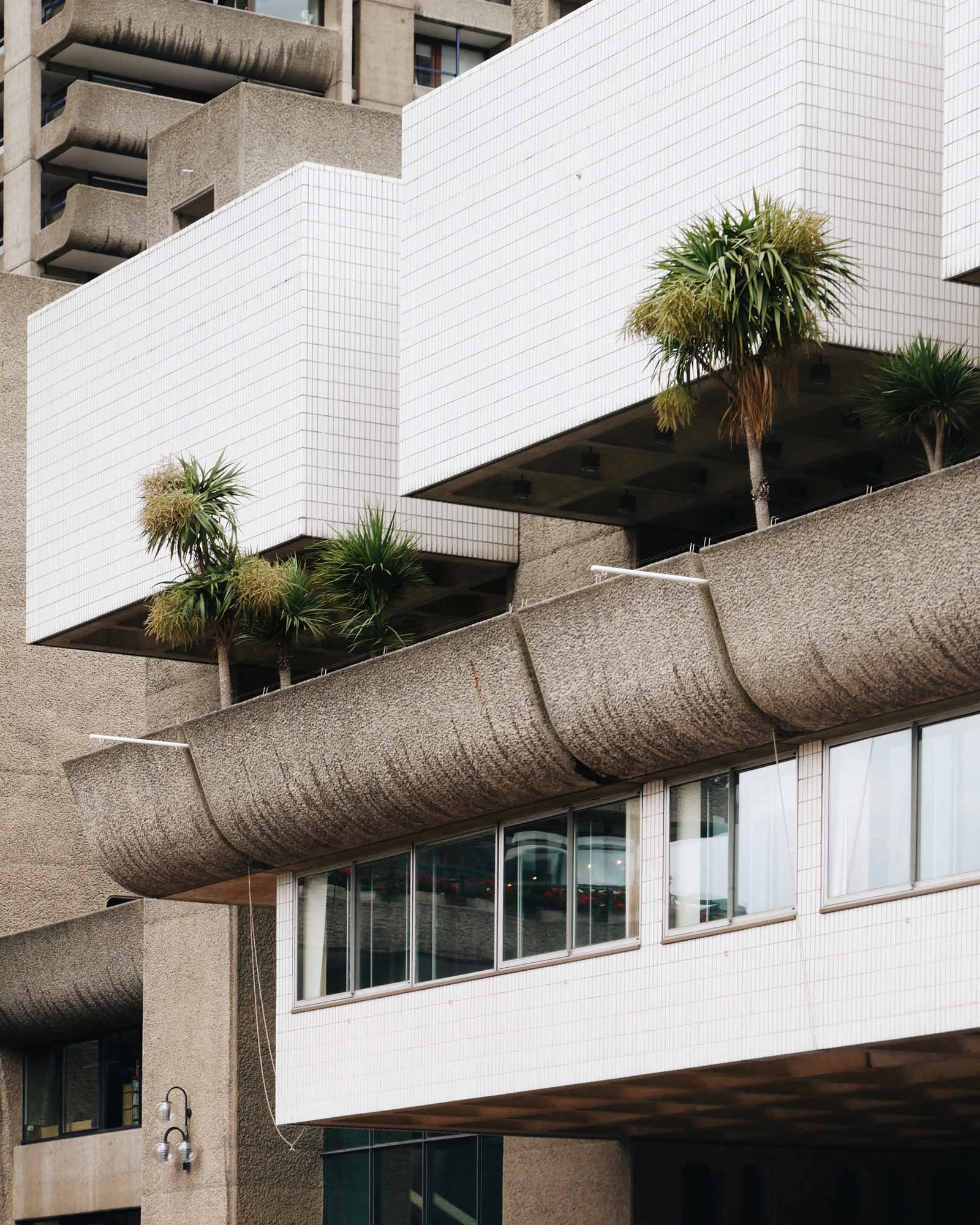 acanthus barbican centre chamberlin powell bon london