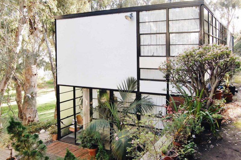 acanthus_eames_house_los_angeles_01